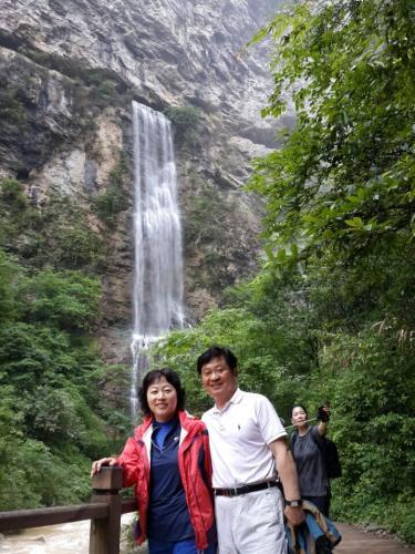 2015년 5월31일 부터 6월4일 (3박5일) 중국 장가계 여행 가이드 조선족 김설화